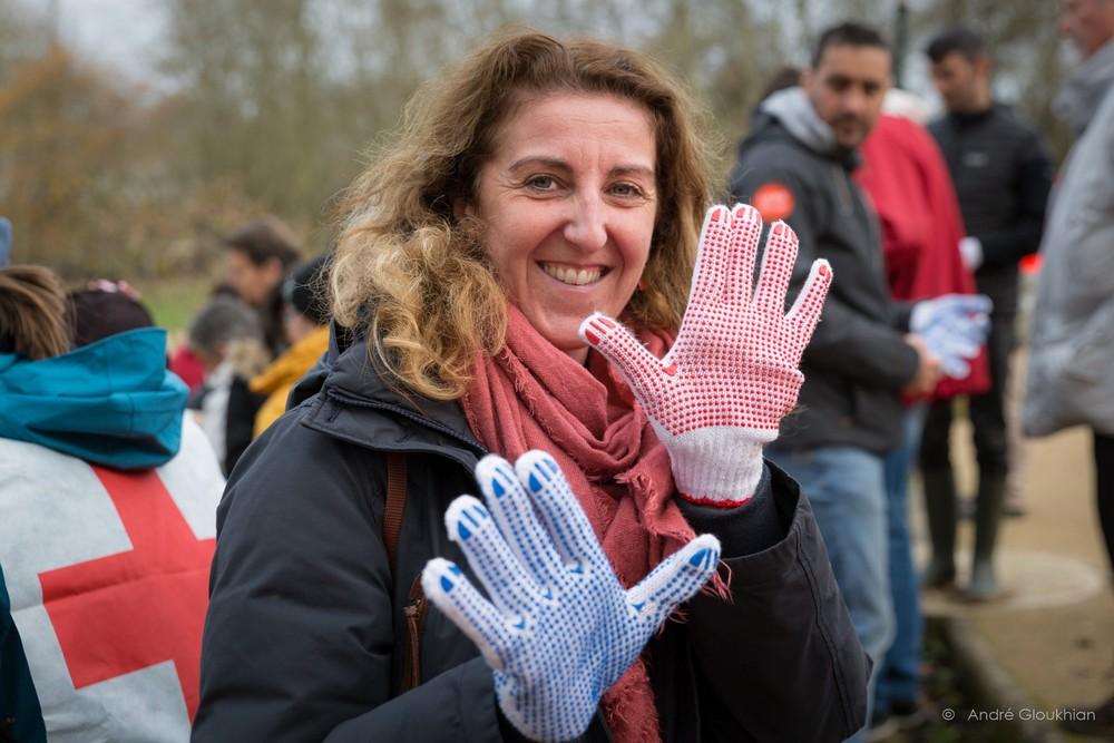 "UL Val-d'Yerres ""Red Touch"" nettoyage des rives de l'Yerres"