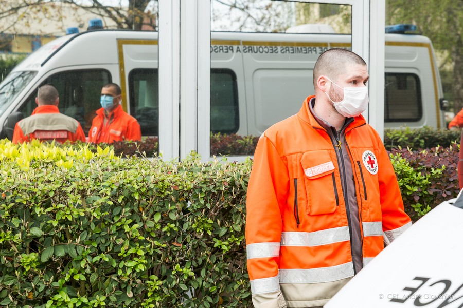 Les bénévoles de la Croix-Rouge en lutte contre le COVID-19
